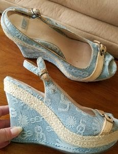 UGG Fabric Wedge Sandals size 8